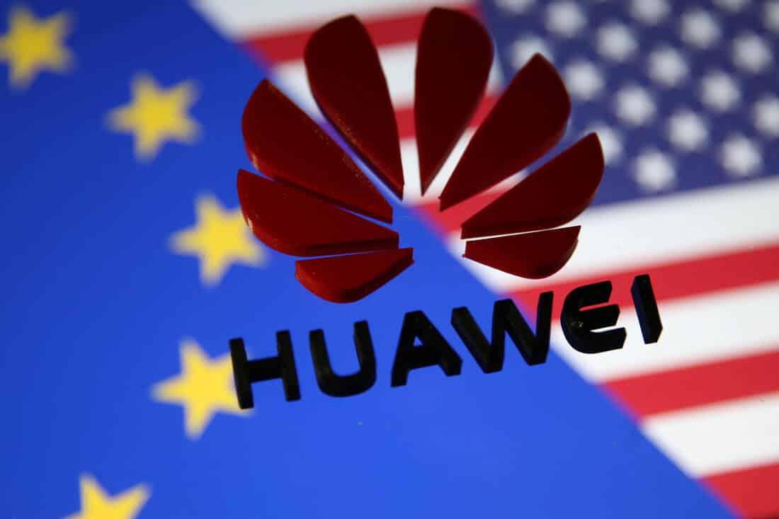 Пореден удар за Huawei – изгонени от Англия